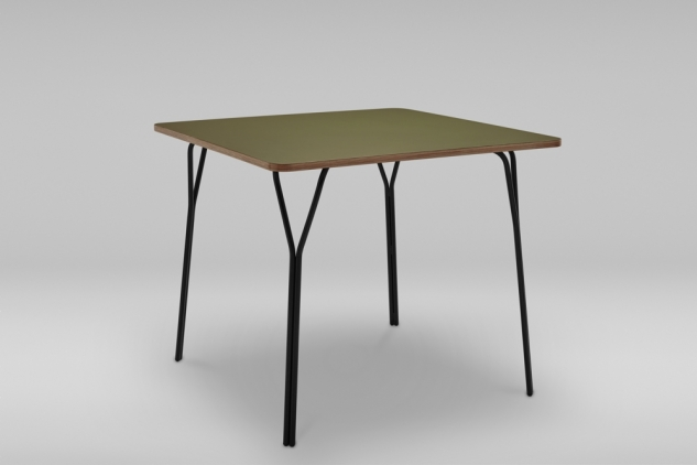 STEEL BASE SQUARE TABLE SHARK